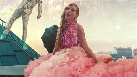 See Every Dreamy Outfit Taylor Swift Wears in 'ME!' Music