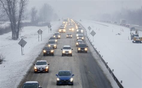 Heavy snow cancels classes in Columbus, most other central