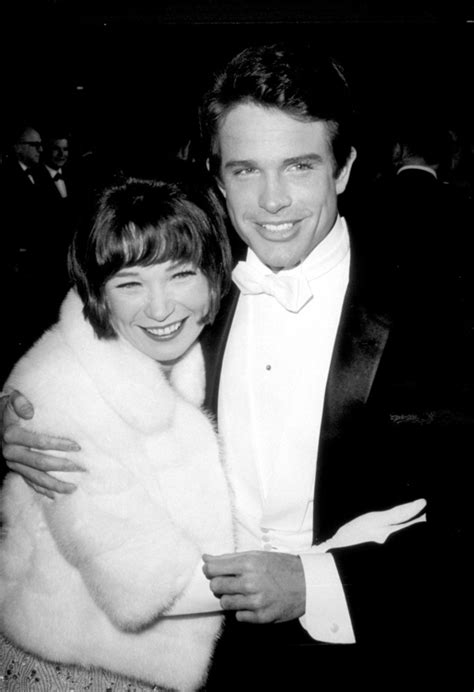 Vintage Oscars Photos That Will Take You On A Trip Back In