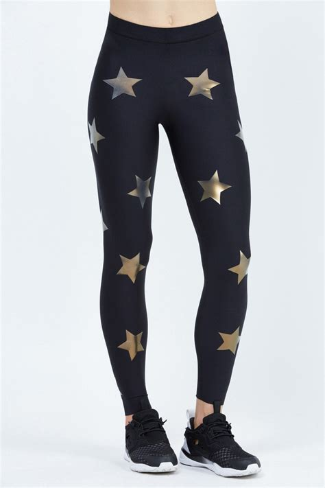 These Bandier Ultracor Leggings Have a 500-Person Waitlist