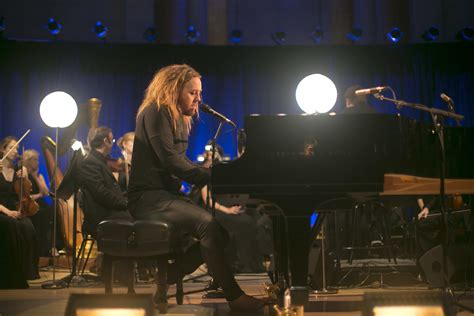 Tim Minchin Leads The Sydney Symphony Orchestra In 'The