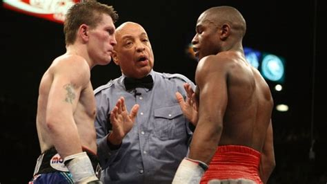 """Ricky Hatton calls Mayweather """"a d***head"""" and tells"""